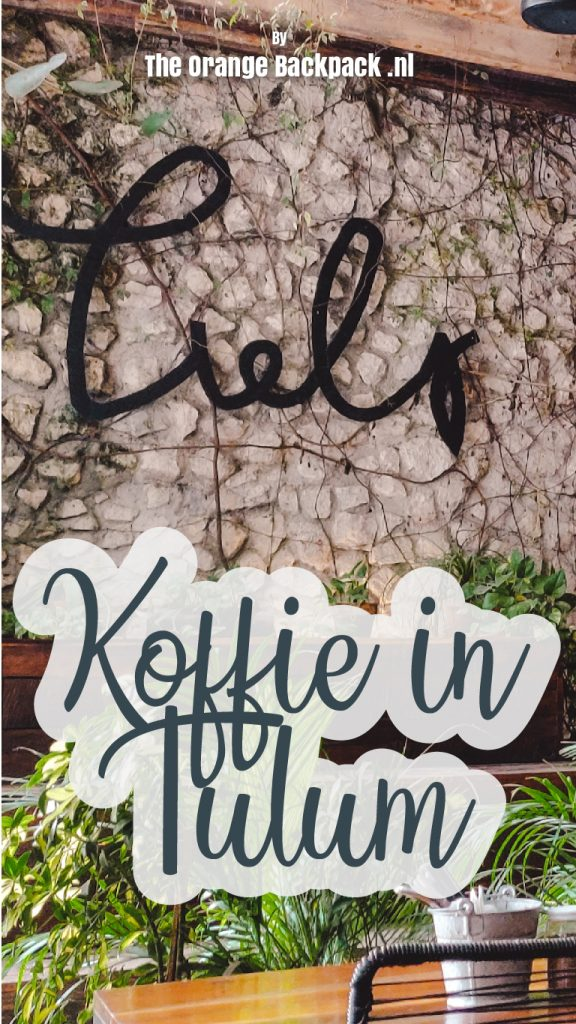 Koffie in Tulum Yucatan Mexico by The Orange Backpack