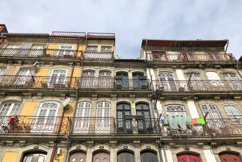 Road trip Europe buildings-of-porto-portugal