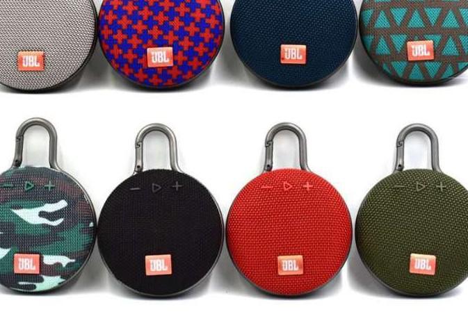 Portable bluetooth speaker - Beste cadeaus voor reizigers
