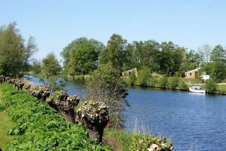trek in Friesland | waterhuisje Ljeppershiem