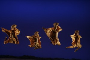 04-01-Lionesses-Dance-in-THE-LION-KING-National-Tour-Copyright-Disney-Photo-Credit-Joan-Marcus (2)