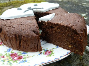 Chocolate and orange cake slice