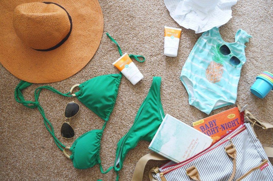 Biosolis Health Beach Day Must-Have's | The Organic Beauty Blog