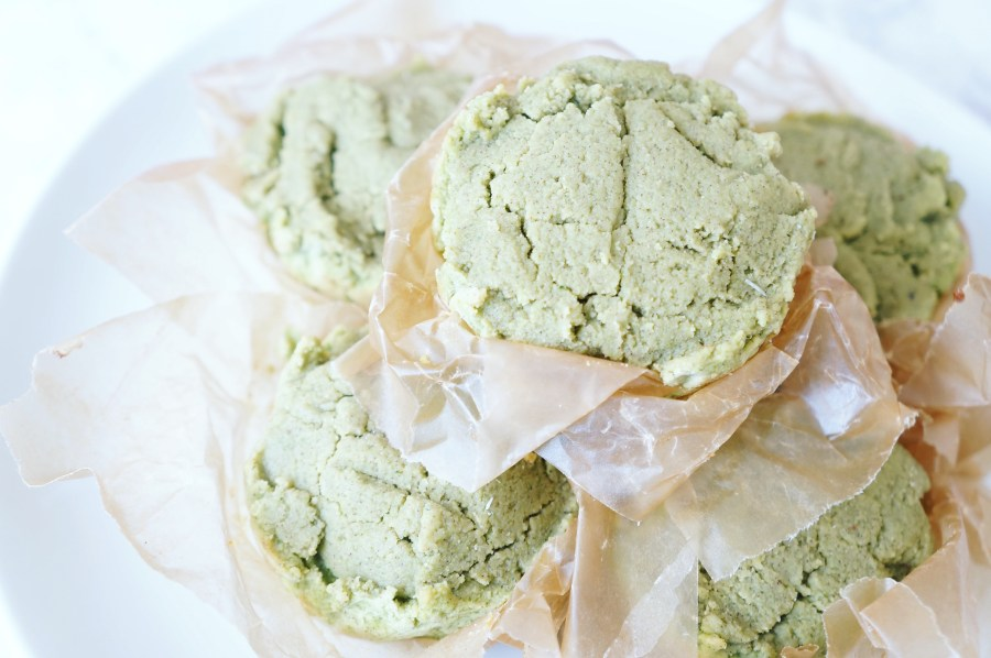 Broccoli Spinach Banana Toddler Muffins | The Organic Beauty Blog