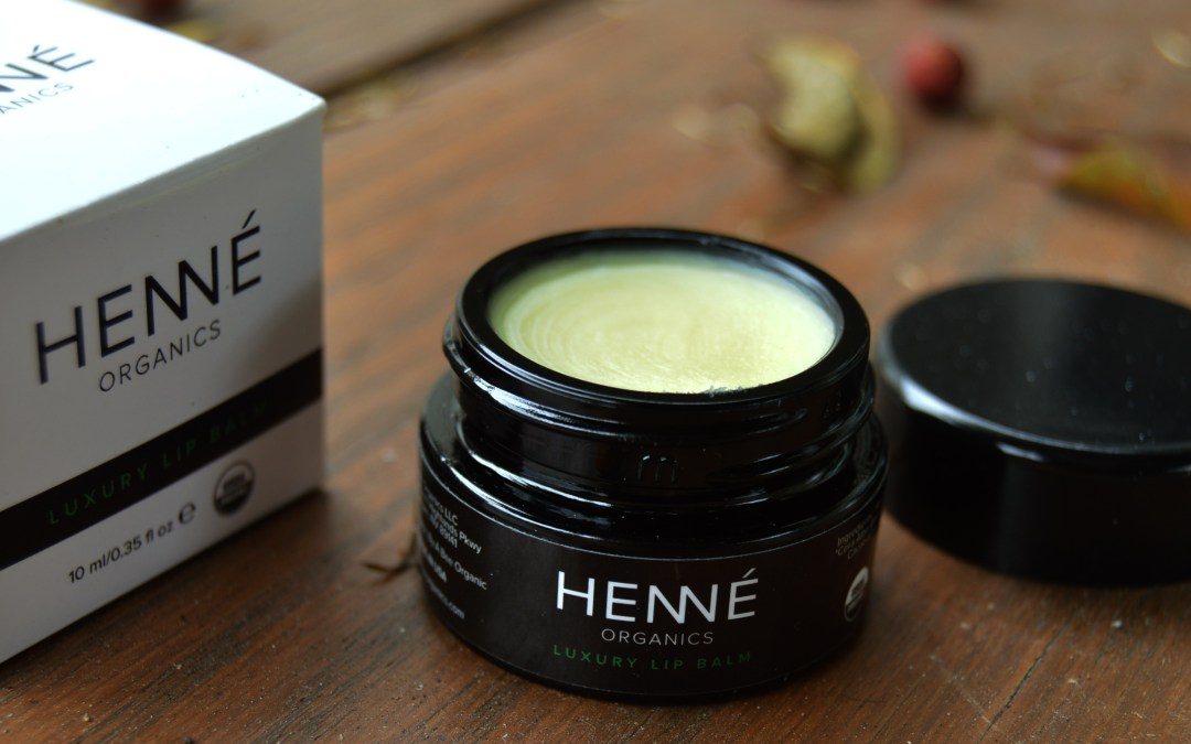 Henne Luxury Organic Lip Balm Review + Coupon Code + Giveaway