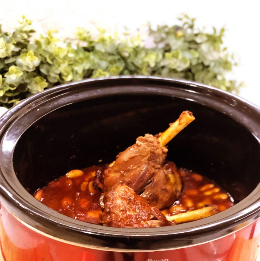 Slow Cooker Boozy Lamb Shanks