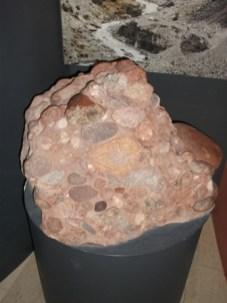 rocks 2 B Bell