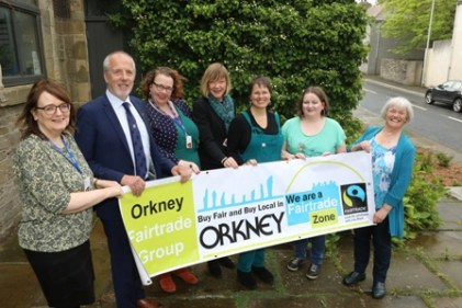 L- R From Orkney Islands Council: Rosemary Colsell, Procurement Manager; Cllr Harvey Johnston, Convenor; Hayley Green, Head of IT ; Facilities; Gillian Morrison, Executive Director of Corporate Services. And from Orkney Fair Trade Group: Chair Lorna Penny, Committee Members Amber Kennedy, Gillian Smee