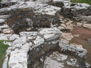 Broch of Gurness Picts House credit Bell