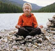 meditating_children