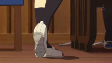 Azunyan playing with her feet