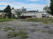 Booted Vacants Abandoned Nevele Grande