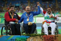 rio-2016-athletics-mens-shot-put-f53-bronze-medalist-asadollah-azimi-from-iran-paralympic-games-in-rio-de-janeiro-brazil-foto-friedemann-vogel-getty-images
