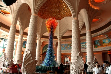 Atlantis Hotel - the opulent lobby