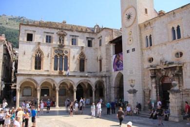 Mixed Renaissance and Venetian architecture