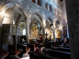 Inside the 14th century cathedral. Another stolen photo.