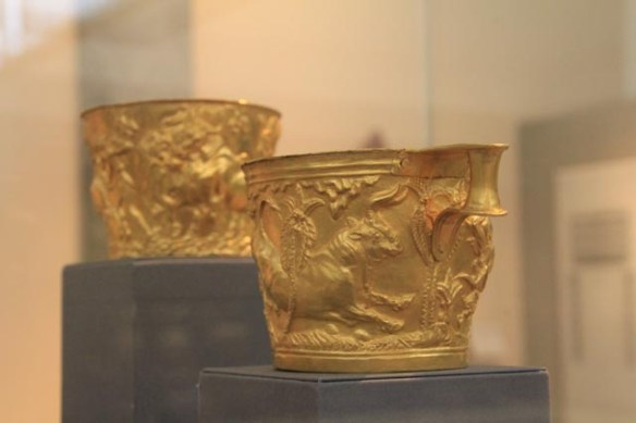 Amazing gold cups