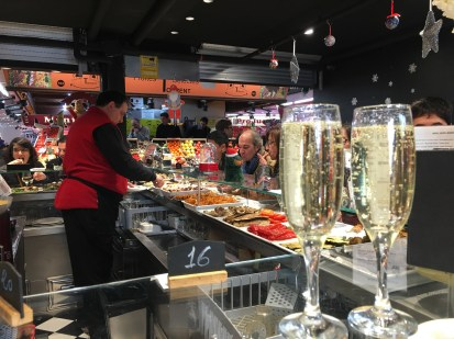 Santa Caterina Market - lunch at a small Tapas Bar