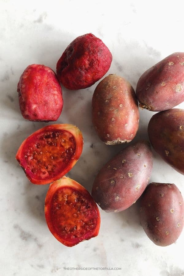 Red cactus fruits
