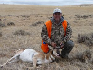 The Outdoorsguy with a nice Gilltette, Wyoming Pronghorn