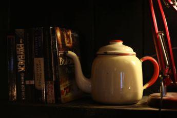Tea and bookies