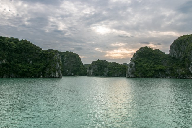 Indochina Junk - Ha Long Bay Vietnam - The Overseas Escape-25