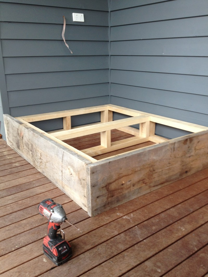 Make a day bed from reclaimed timber  The OwnerBuilder