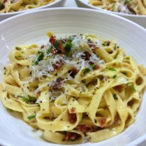 https://thepaddingtonfoodie.com/2013/05/15/a-big-beautiful-bowl-of-pasta-authentic-unadulterated-fettuccine-alla-carbonara/