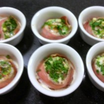 Baked Eggs With Proscuitto Ramekins