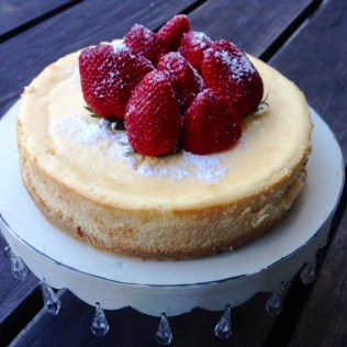 Baked Sour Cream Cheesecake