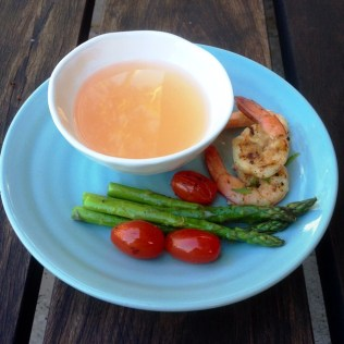 https://thepaddingtonfoodie.com/2014/02/21/eat-fast-and-live-longer-a-5-2-fast-diet-recipe-idea-under-200-calories-clear-tomato-consomme/