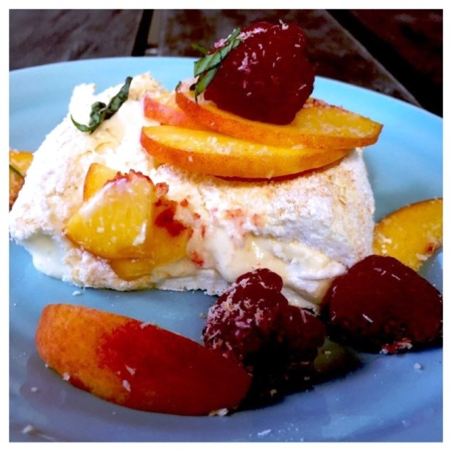 Pavlova Roulade With Lemon Curd And Summer Fruit