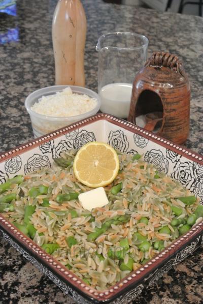 orzo & asparagus1 thepaintedapron.com