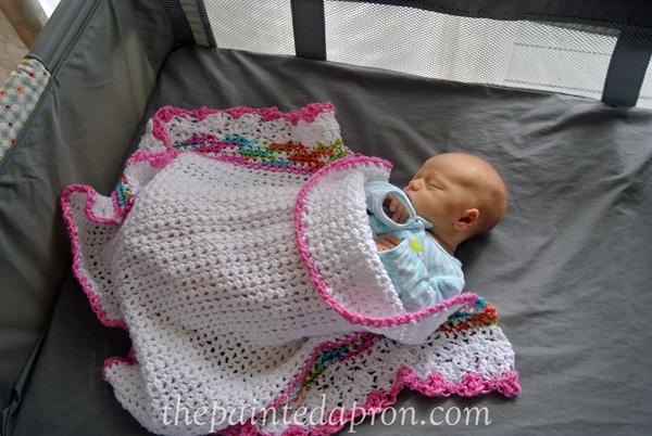 baby blanket thepaintedapron.com