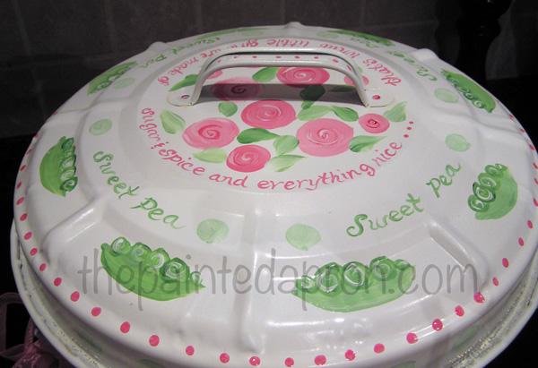 sweet pea can lid thepaintedapron.com