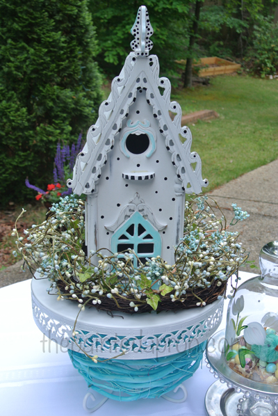 dotted birdhouse thepaintedapron.com