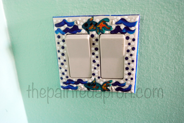 fish switchplate thepaintedapron.com