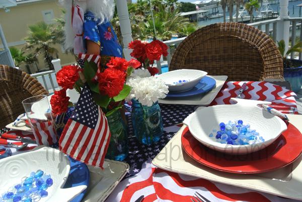 July 4 table 3 thepaintedapron.com