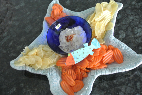 onion dip with carrots thepaintedapron.com