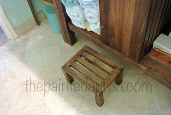 stool thepaintedapron.com