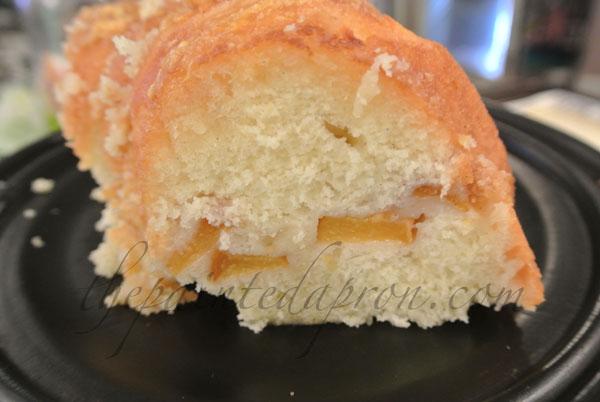 peach cake thepaintedapron.com