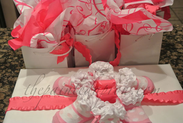 gift wrapping thepaintedapron.com