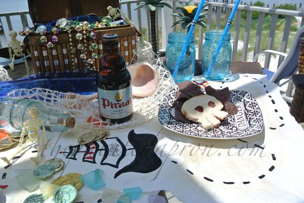 pirate table 2 thepaintedapron.com
