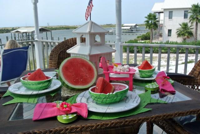 watermelon table thepaintedapron.com