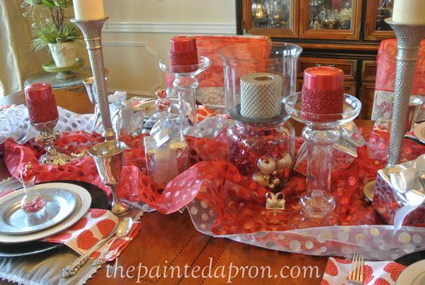 Valentine table thepaintedapron.com