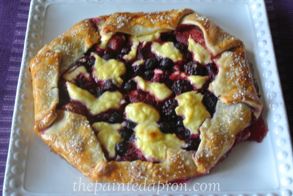 mixed berry galette thepaintedapron.com