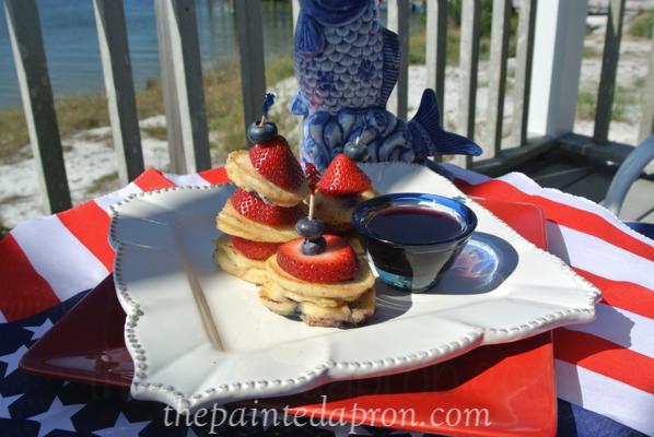 mini pancake stacks thepaintedapron.com