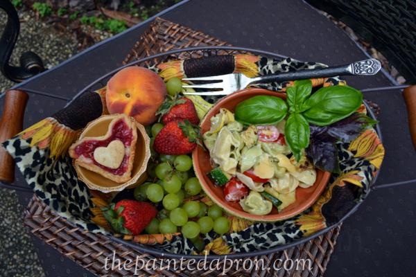 pasta salad thepaintedapron.com