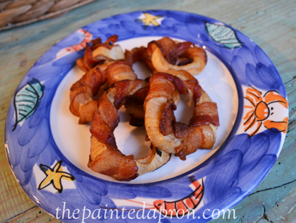 bacon wrapped onion rings thepaintedapron.com
