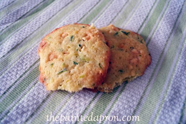 zucchini cookies thepaintedapron.com